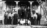Group of German-Americans outside Alf Jung house, Bastrop, Texas, ca. 1905