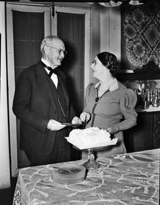 Awe Inspiring Mrs S M Meeks Serving Her Husband Birthday Cake San Antonio Funny Birthday Cards Online Inifofree Goldxyz